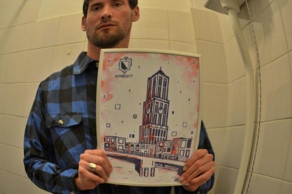 Utrechtse kunstenaar L-Tuziasm  maakt prent van Utrecht met oplage zo hoog als de Domtoren