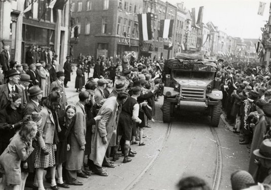 Allied Forces on Voorstraat