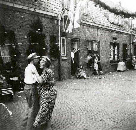 Liberation celebration in Framboosstraat