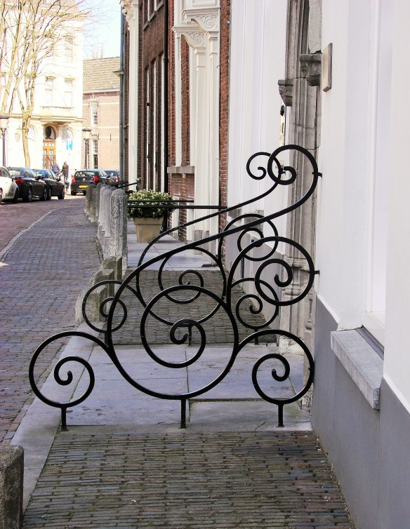 iron railing nieuwegracht utrecht