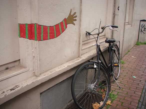 bicycle and wall art in utrecht